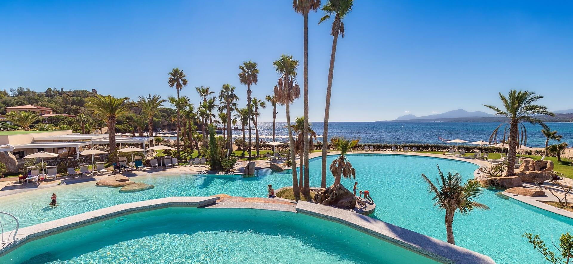 hotel-piscina-tropicale-sardegna