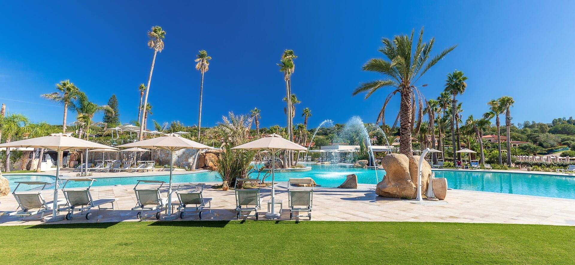 hotel-piscina-tropicale-sardegna-03
